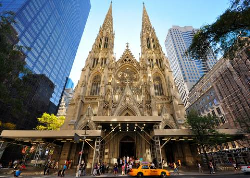 St Patricks Cathedral New York The Neo Gothic Style Roman Catholic Located In Midtown Manhattan Across Street From Rockefeller Center